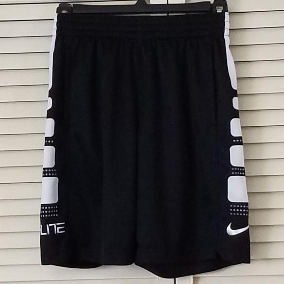 235448c4d979 NIKE Little Boys Elite Stripe Shorts Black White M.  M 5b0200612ae12f8ad90c61bc